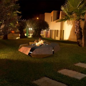 stravaganza_firepit_outdoors
